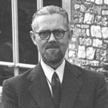 W. Ross Ashby (London, 6 September 1903 – 15 November 1972) was an English psychiatrist and a pioneer in cybernetics, the study of complex systems.