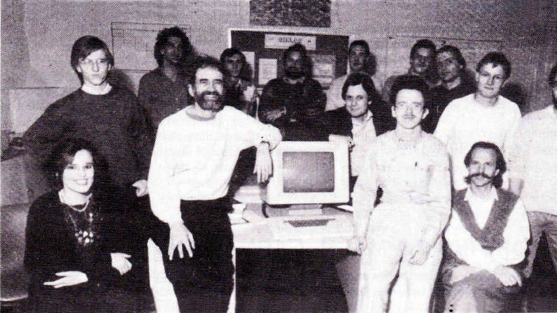 Staff of Austrian Research Institute for Artificial Intelligence. On the lett side of the computer: Prof. Robert Trappl (with beard). IFSR Newsletter 1987 No. 1 (15)